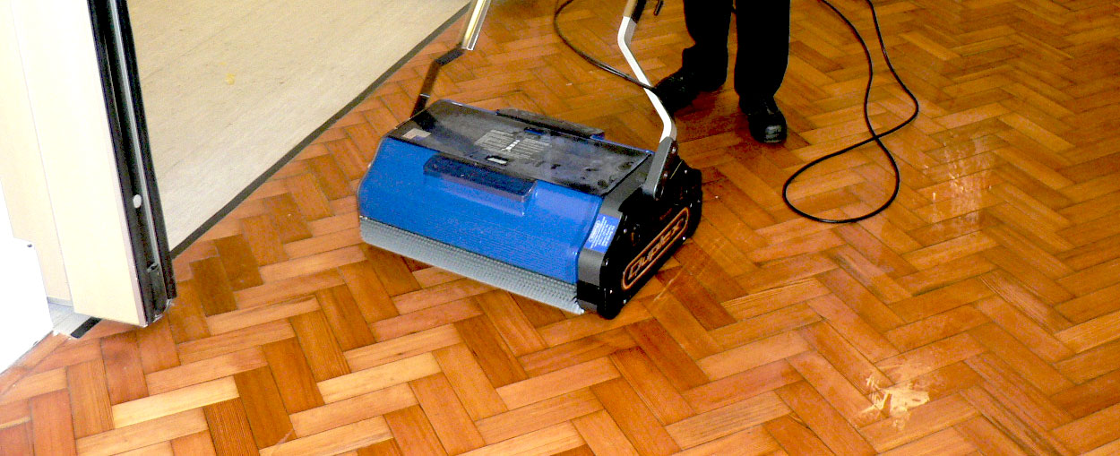 Duplex Wide Area Floor Scrubber And Carpet Cleaner
