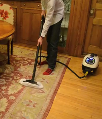 Carpet cleaner with Tosca machine