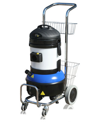 Steam vac compact cleaning machine